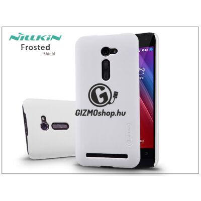 Asus ZenFone 2 (ZE500CL) hátlap képernyővédő fóliával – Nillkin Frosted Shield – fehér